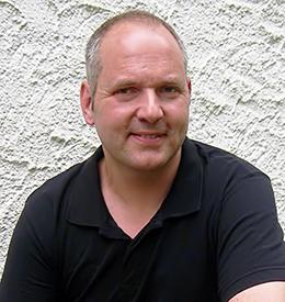 Fliesenlegermeister Ralph Kinzel