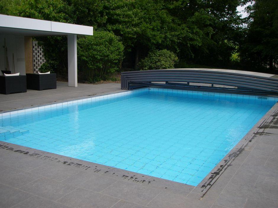 Schwimmbadsanierung